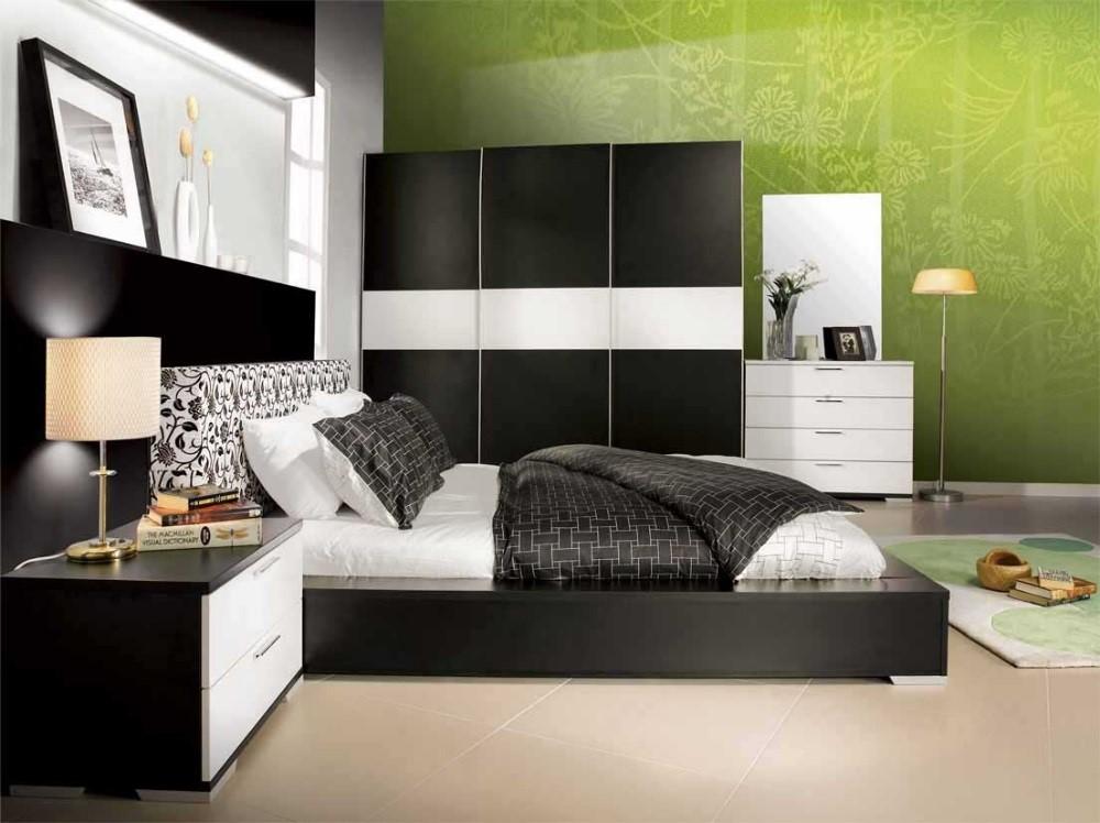 Pantone Greenery in a Modern Bedroom