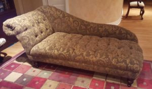 chaise before