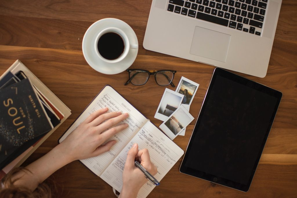 travel, hot spots, planning, vacation, desk, lists, interior design, blog