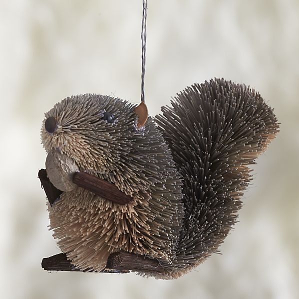 buri-squirrel-ornament cb