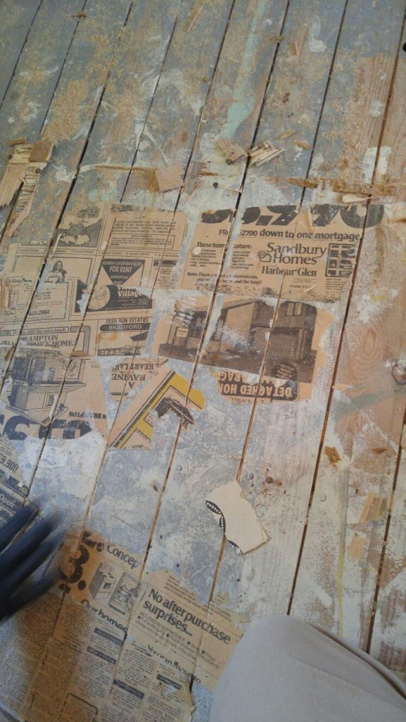 old-newspaper-history-interior-design