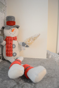snowman, christmas, decorate, photoshoot, interior design, renovate, kitchen
